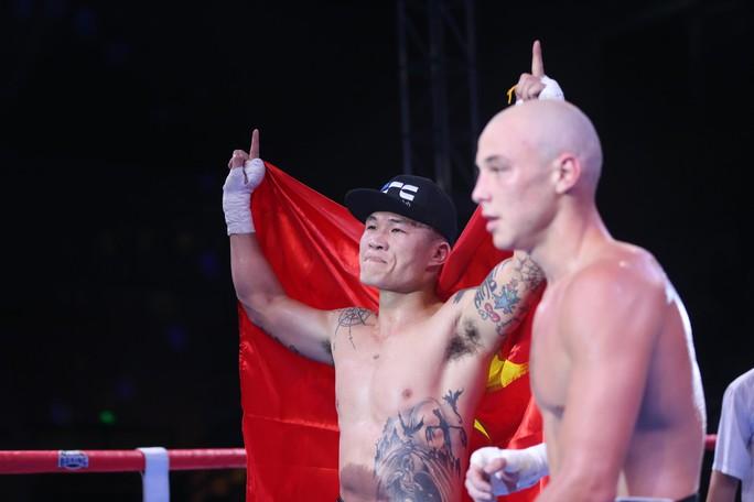 Clip: Trương Đình Hoàng bức xúc sau trận thua 400 triệu đồng - Ảnh 4.