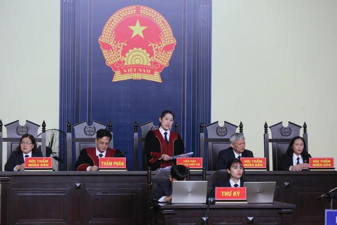 Tuyên án vụ đánh bạc ngàn tỉ: Phan Văn Vĩnh chỉ huy, Nguyễn Thanh Hóa thực hành tích cực - Ảnh 3.