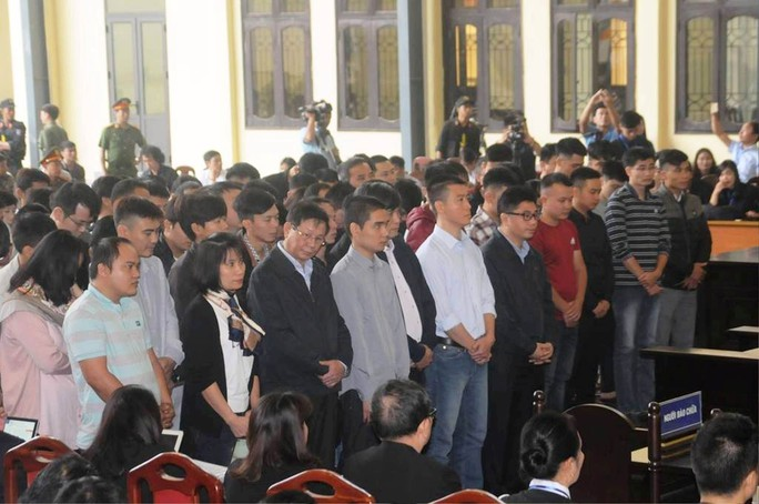VỤ ÁN ĐÁNH BẠC NGÀN TỈ: Nguyên trung tướng Phan Văn Vĩnh bị phạt 9 năm tù - Ảnh 1.