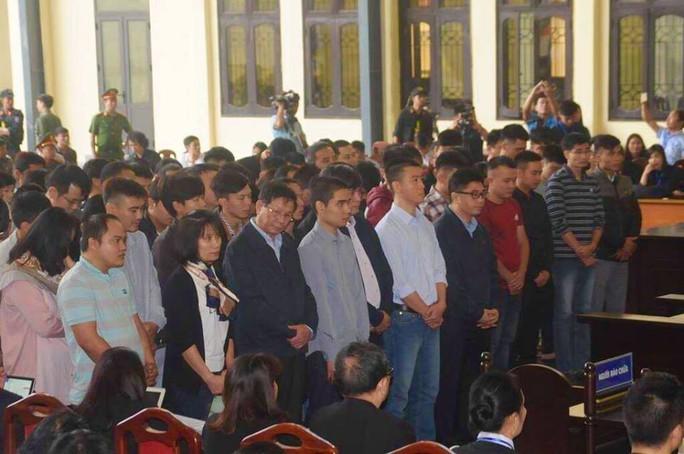 Tuyên án vụ đánh bạc ngàn tỉ: Phan Văn Vĩnh chỉ huy, Nguyễn Thanh Hóa thực hành tích cực - Ảnh 4.