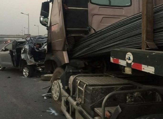Thái Nguyên chưa chuyển hồ sơ vụ án xe container tông xe Innova lùi trên cao tốc lên TAND Tối cao - Ảnh 2.