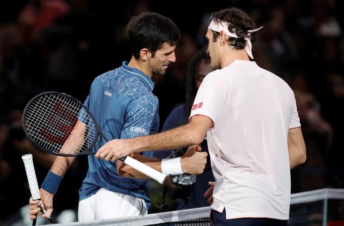Djokovic nói gì sau đại chiến dài nhất với Federer ở Paris Masters 2018? - Ảnh 1.
