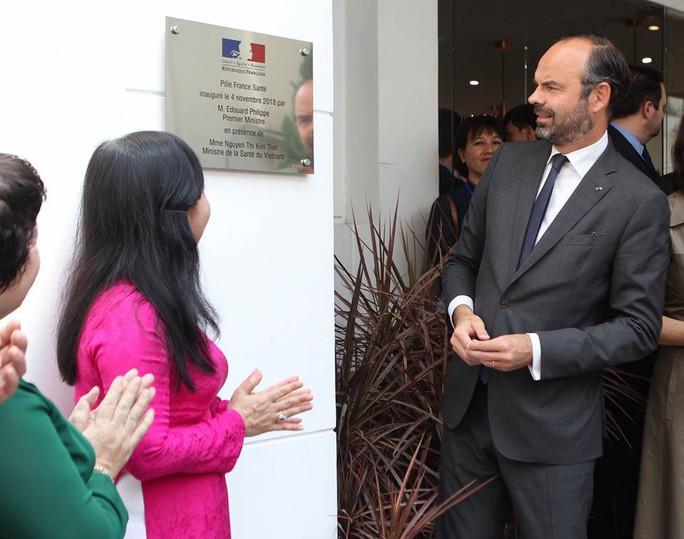 Thủ tướng Pháp dự khai trương Trung tâm Y tế tại TP HCM - Ảnh 1.