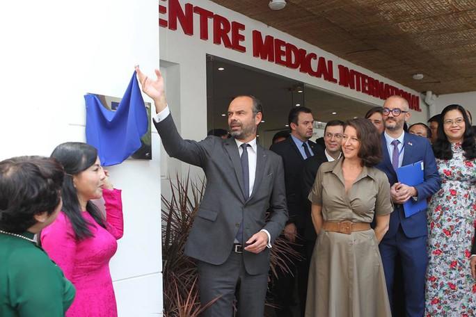 Thủ tướng Pháp dự khai trương Trung tâm Y tế tại TP HCM - Ảnh 2.
