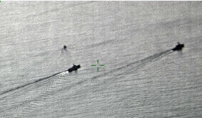 Chặn tàu Mỹ ở biển Đông, Trung Quốc cảnh báo Anh, Úc? - Ảnh 2.