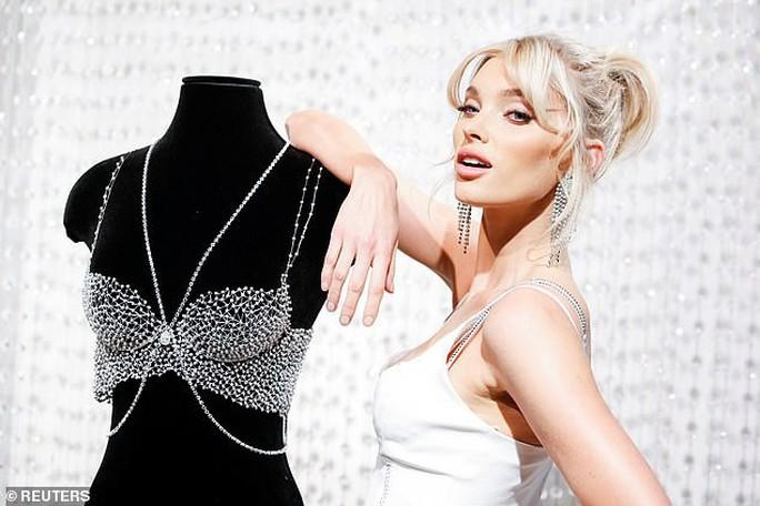 Giá bèo, áo lót Victoria's Secret bị chê không xứng thiên thần nội y - Ảnh 3.