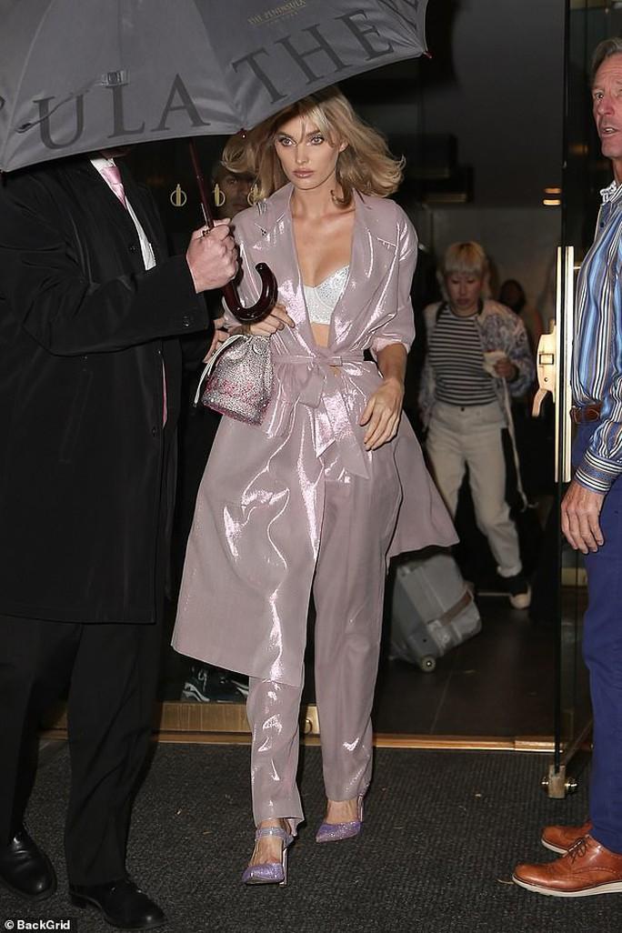 Giá bèo, áo lót Victoria's Secret bị chê không xứng thiên thần nội y - Ảnh 9.