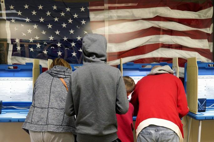 Khi lá phiếu không có tên ông Donald Trump... - Ảnh 2.