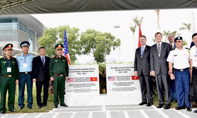 Hoàn thành tẩy độc dioxin tại sân bay Đà Nẵng - Ảnh 1.