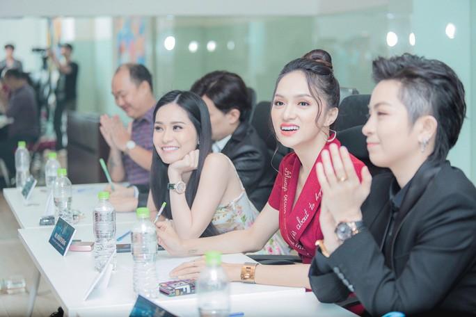 Hương Giang, Gil Lê tìm người thi Hoa hậu Chuyển giới - Ảnh 3.