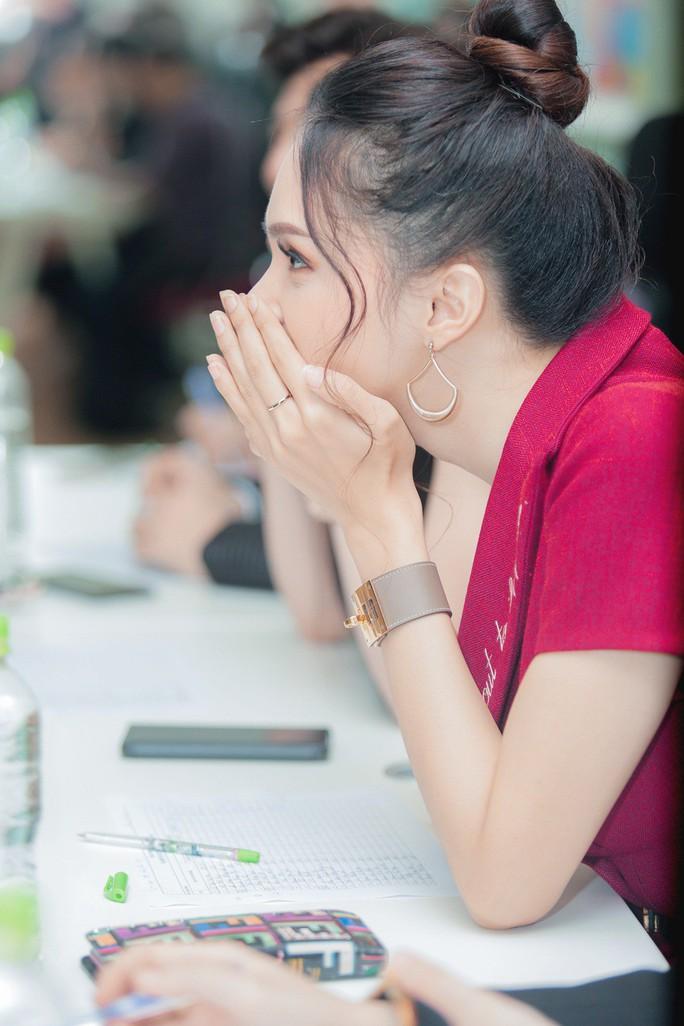 Hương Giang, Gil Lê tìm người thi Hoa hậu Chuyển giới - Ảnh 1.