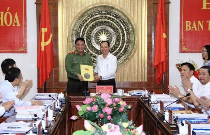 Ban Bí thư phân công nhiệm vụ với giám đốc Công an Thanh Hóa - Ảnh 1.