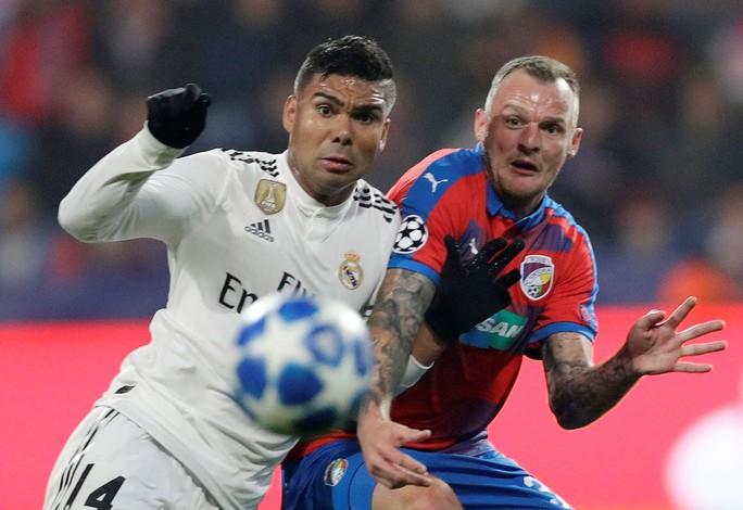 Xem Man City vùi dập Shakhtar, Real Madrid mở đại tiệc trên đất Czech - Ảnh 8.