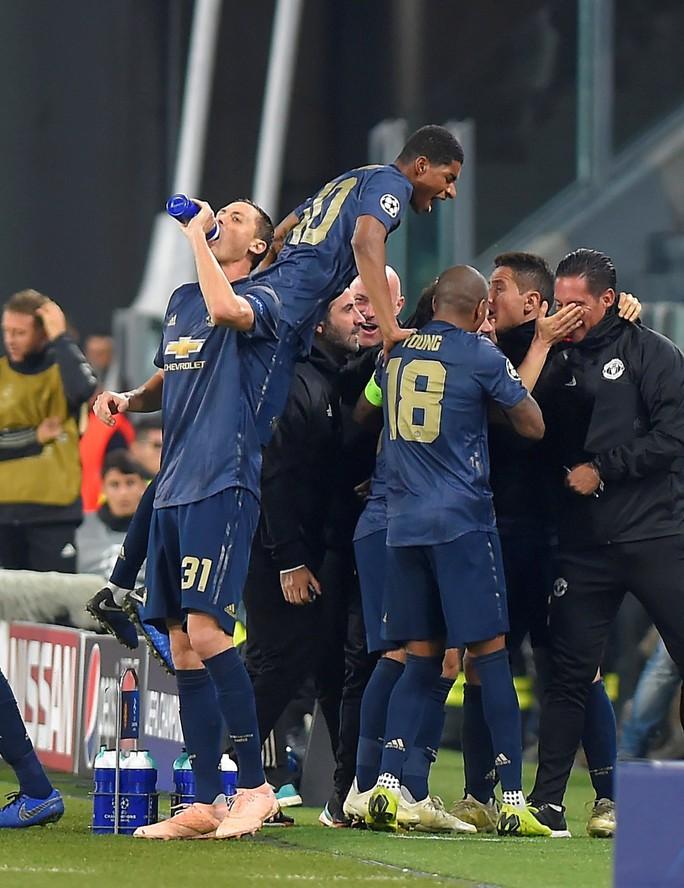 Tử chiến ở Turin, Man United ngược dòng đánh bại Juventus - Ảnh 6.