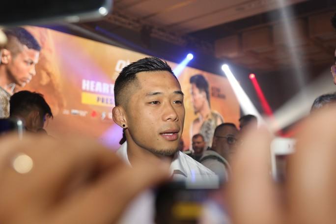 Bị chấn thương, Martin Nguyễn bỏ bớt đai vô địch hạng nhẹ - Ảnh 2.