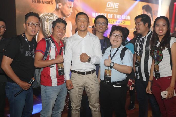 Bị chấn thương, Martin Nguyễn bỏ bớt đai vô địch hạng nhẹ - Ảnh 1.