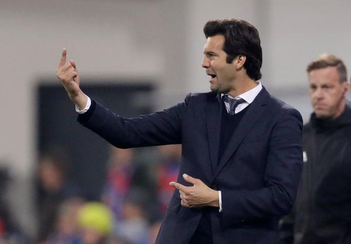 Xem Man City vùi dập Shakhtar, Real Madrid mở đại tiệc trên đất Czech - Ảnh 11.