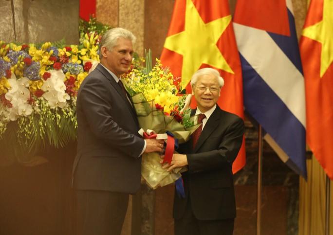 Cận cảnh Tổng Bí thư, Chủ tịch nước Nguyễn Phú Trọng đón Chủ tịch Cuba - Ảnh 13.