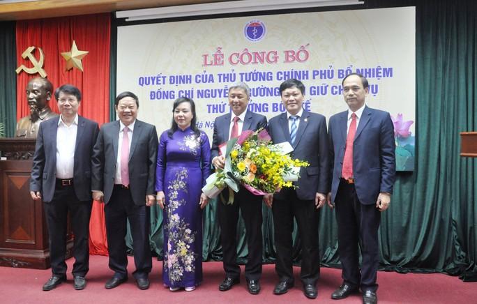 Ông Nguyễn Trường Sơn chính thức giữ chức vụ Thứ trưởng Bộ Y tế - Ảnh 2.