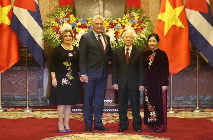 Cận cảnh Tổng Bí thư, Chủ tịch nước Nguyễn Phú Trọng đón Chủ tịch Cuba - Ảnh 8.