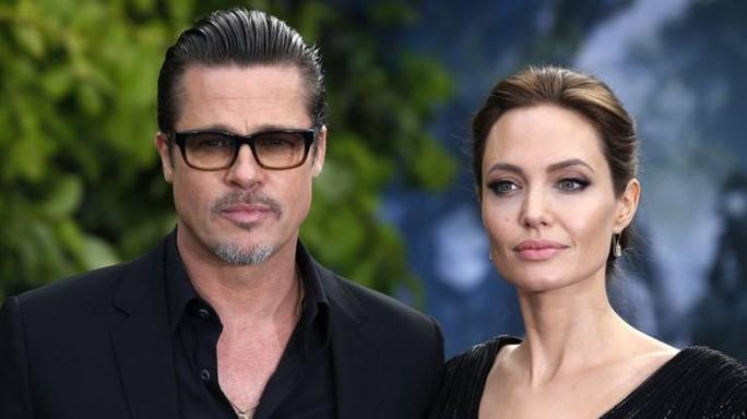 Brad Pitt và Angelina Jolie đồng thuận quyền nuôi con - Ảnh 1.