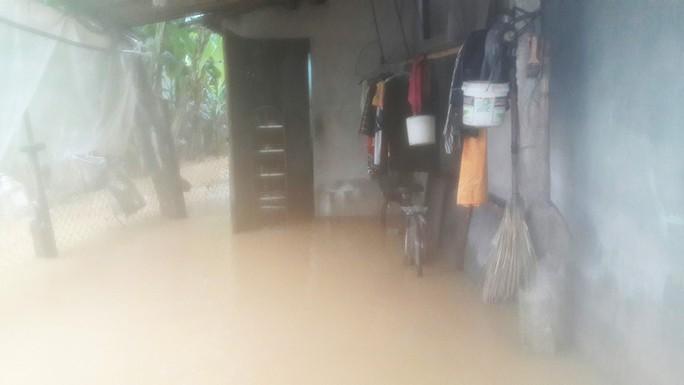 Đà Nẵng: Hòa Liên đang bị ngập sâu hơn 1 m - Ảnh 15.