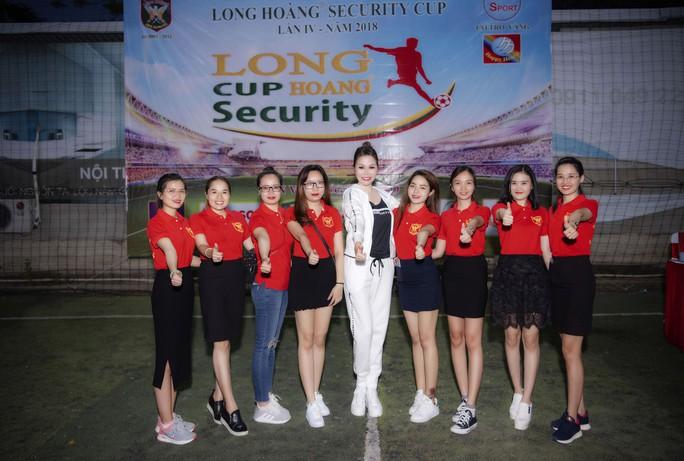 Long Hoàng Security Cúp Lần IV – 2018: Giải Bóng đá nội bộ đầy sôi động - Ảnh 3.