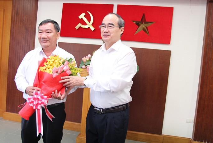 Ông Trần Văn Thuận được điều động làm Bí thư Quận ủy Quận 2 - Ảnh 1.