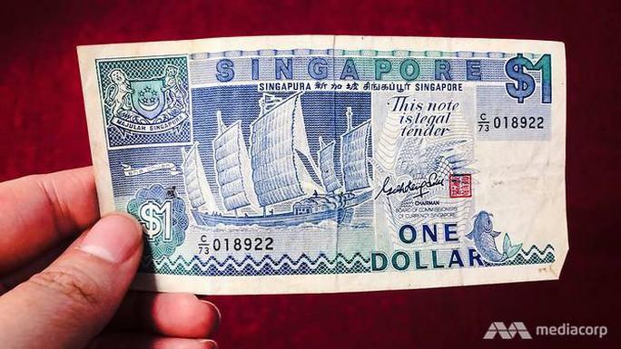 Nhận hối lộ vặt gần 1 USD, 2 người Trung Quốc đối mặt án phạt 73.000 USD - Ảnh 1.