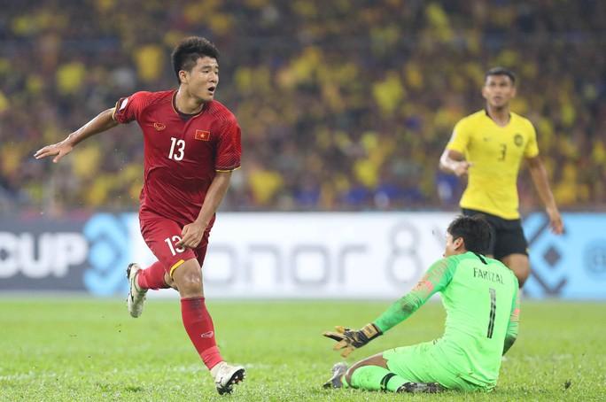 Tái đấu Malaysia ở Mỹ Đình: Chỉnh thước ngắm, siết phòng ngự cố định - Ảnh 1.