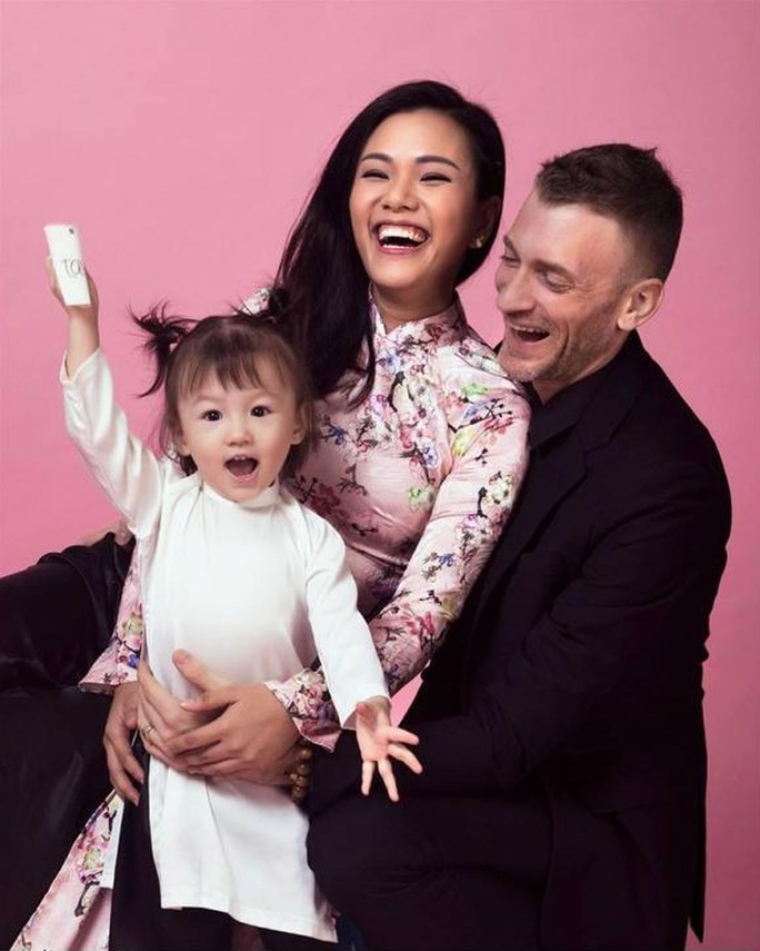 Nỗi lòng sao Việt lấy chồng Tây - Ảnh 2.