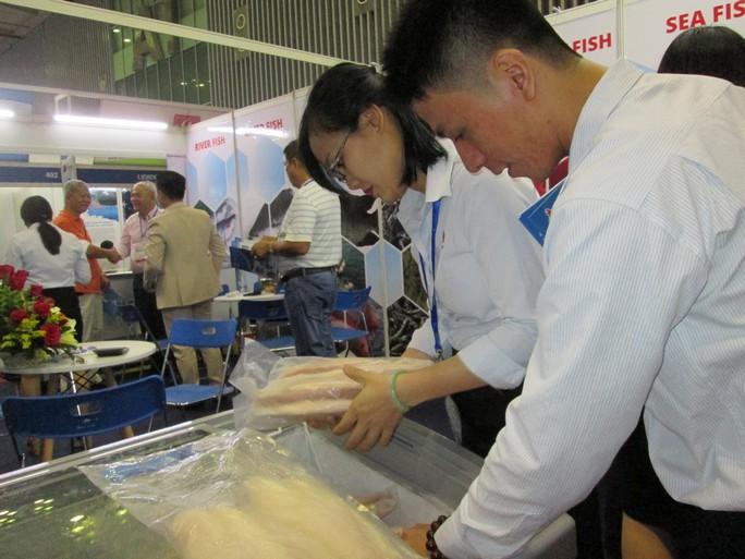 Trung Quốc đẩy mạnh nuôi cá tra từ nguồn cá giống của Việt Nam - Ảnh 1.