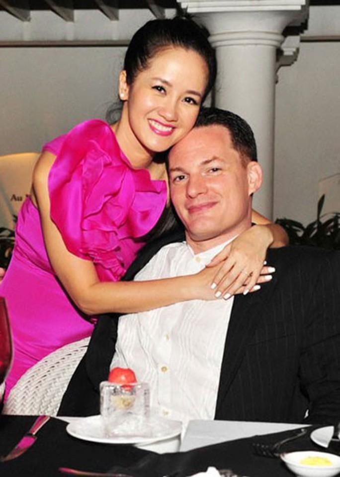 Nỗi lòng sao Việt lấy chồng Tây - Ảnh 8.