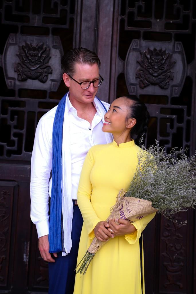 Nỗi lòng sao Việt lấy chồng Tây - Ảnh 6.
