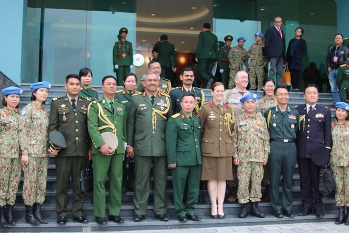 Ra mắt bệnh viện dã chiến số 2 của Việt Nam - Ảnh 15.