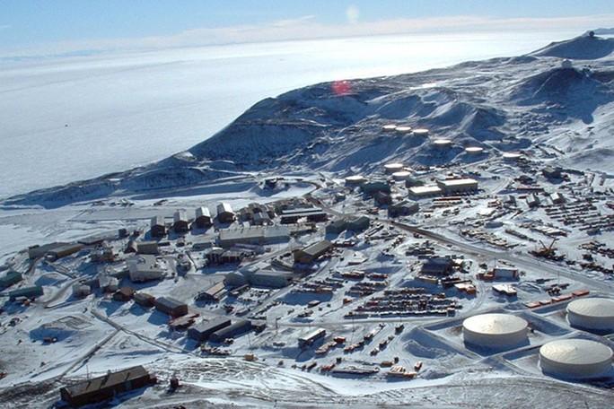 Cái chết bí ẩn của hai kỹ thuật viên Mỹ tại Nam cực  - Ảnh 1.