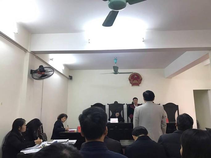 Cựu bộ trưởng Bộ GD-ĐT Phạm Vũ Luận thua kiện 1 tiến sĩ - Ảnh 1.