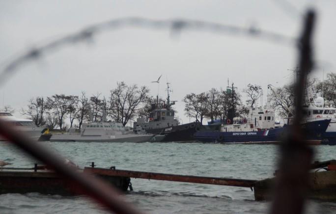 Mỹ yêu cầu thả thủy thủ Ukraine, Nga từ chối - Ảnh 1.