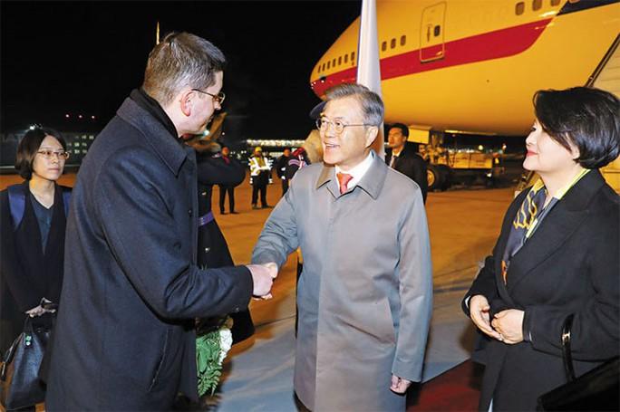 Chuyên cơ của tổng thống Hàn Quốc bị Mỹ trừng phạt? - Ảnh 2.