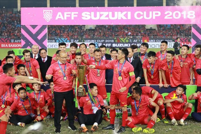 Gần 20 tỉ đồng thưởng cho đội tuyển Việt Nam - Ảnh 1.