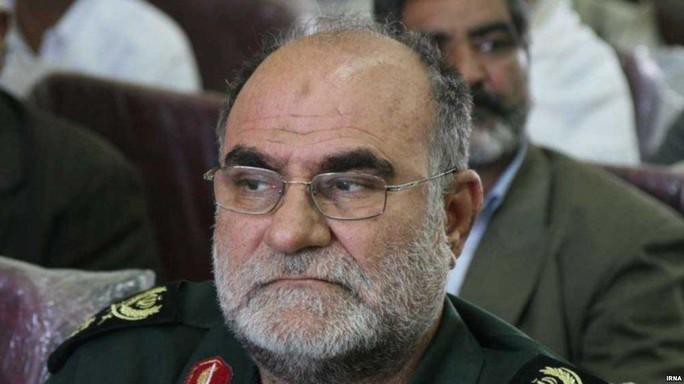 Lau súng, tướng Iran vô tình bắn vào đầu tử vong - Ảnh 1.
