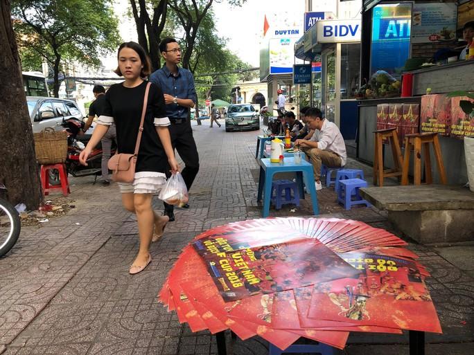 Độc giả thích thú với poster mừng Việt Nam vô địch AFF Cup - Ảnh 8.