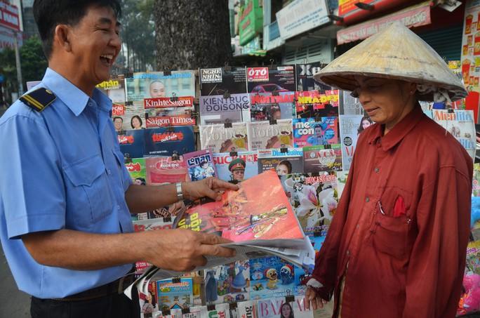 Độc giả thích thú với poster mừng Việt Nam vô địch AFF Cup - Ảnh 5.