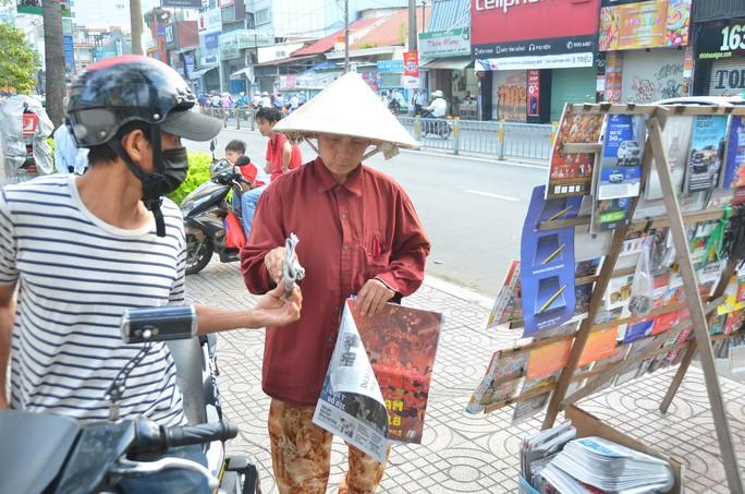 Độc giả thích thú với poster mừng Việt Nam vô địch AFF Cup - Ảnh 3.