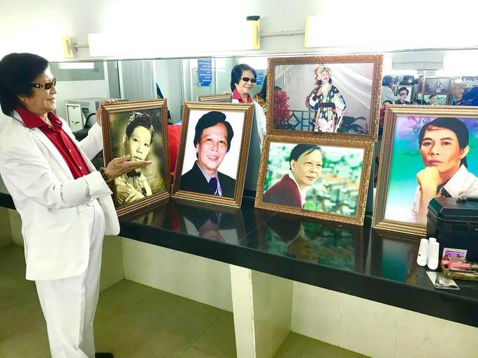 Danh ca Minh Cảnh ký thác điều gì ở triển lãm ảnh tuổi 82 - Ảnh 2.