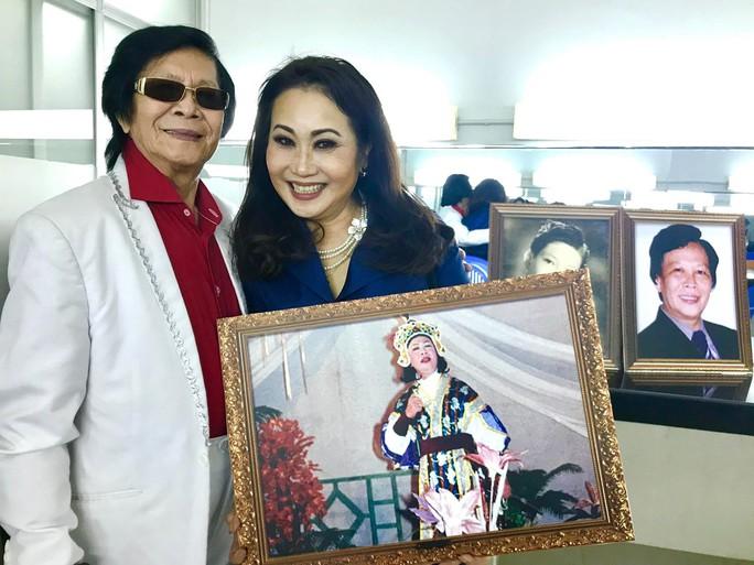 Danh ca Minh Cảnh ký thác điều gì ở triển lãm ảnh tuổi 82 - Ảnh 5.