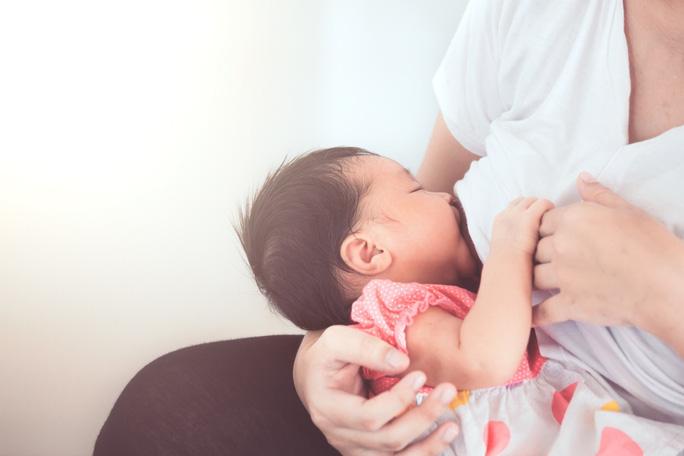 HMO là gì và nó quan trọng thế nào với trẻ sơ sinh và trẻ nhỏ? - Ảnh 1.