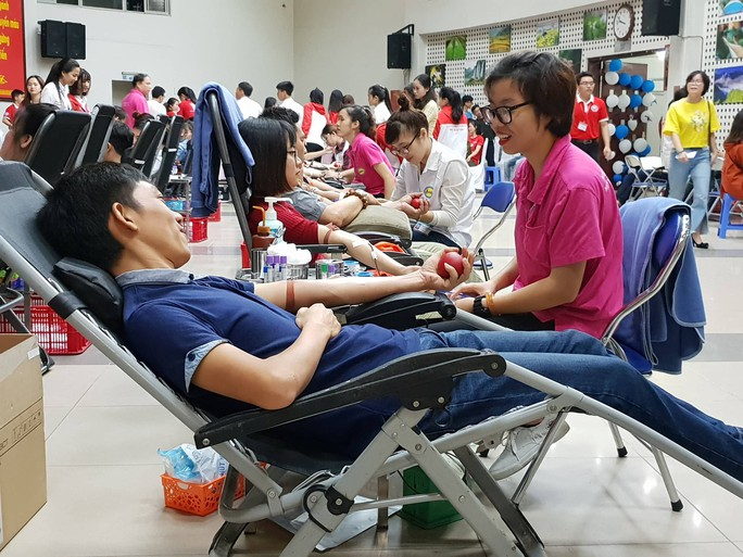 Người cho máu lấy tiền được chi trả như thế nào? - Ảnh 1.