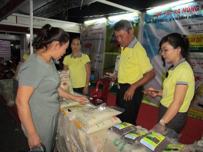Lần đầu tiên Việt Nam có logo thương hiệu gạo Quốc gia - Ảnh 2.