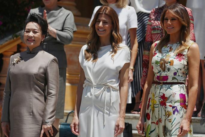 Đệ nhất phu nhân Mỹ-Trung đọ thời trang tại G20 - Ảnh 1.